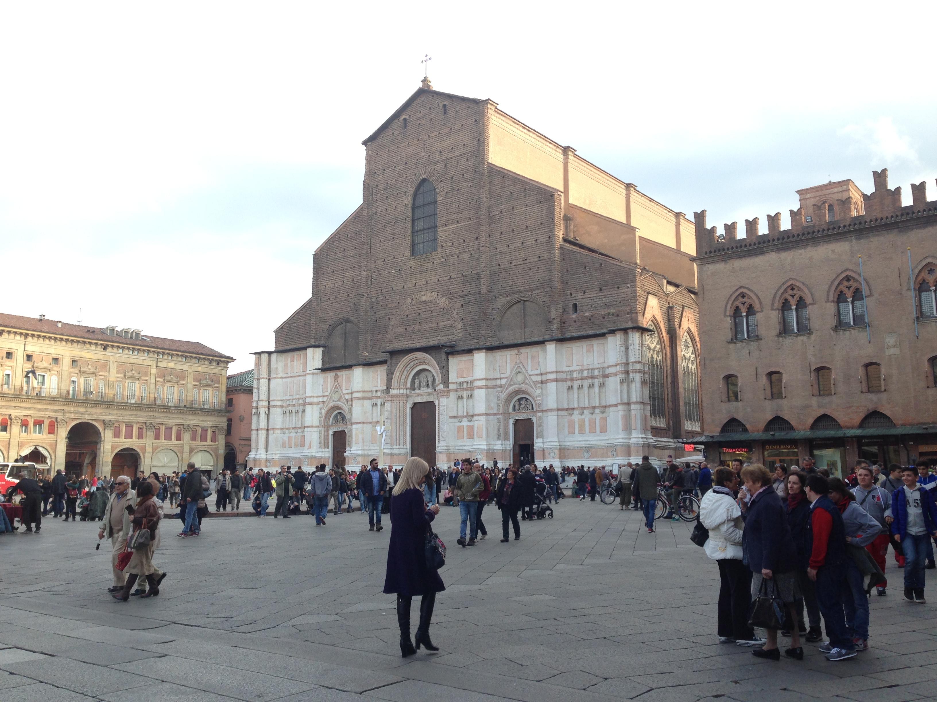 Ammirare Bologna Da Un Altezza Di 54 Metri Aperitivi In