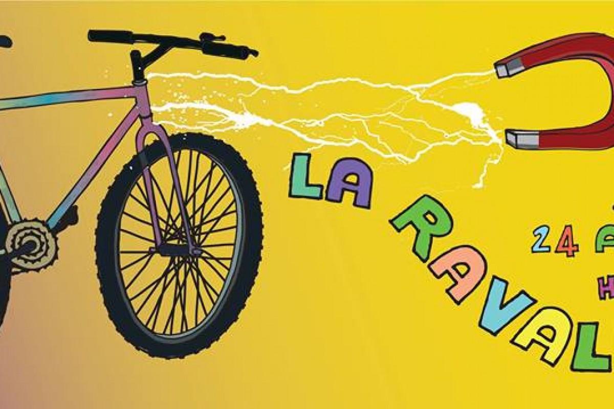 La Ravaldona: la prima pedalata per bici vecchie e rigorosamente ferrose