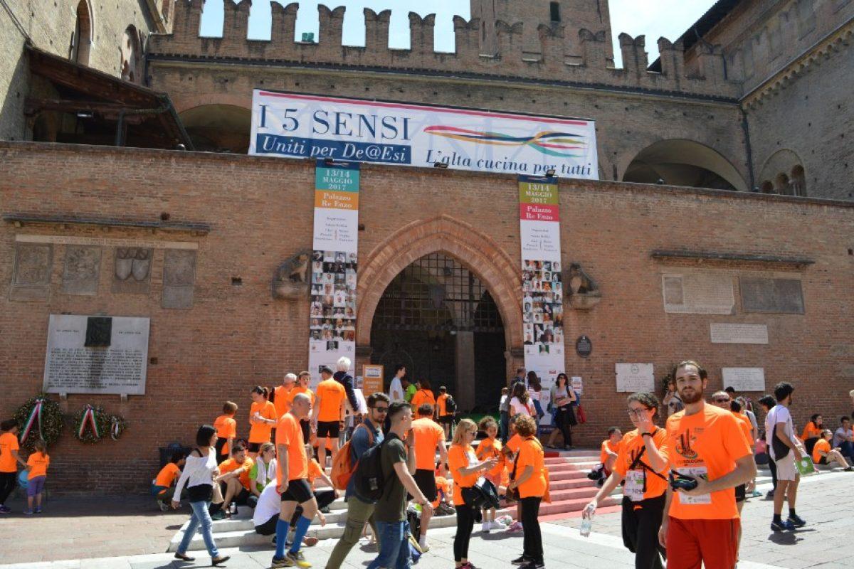 """""""I 5 Sensi"""": chef stellati, gusto e solidarietà a Bologna"""