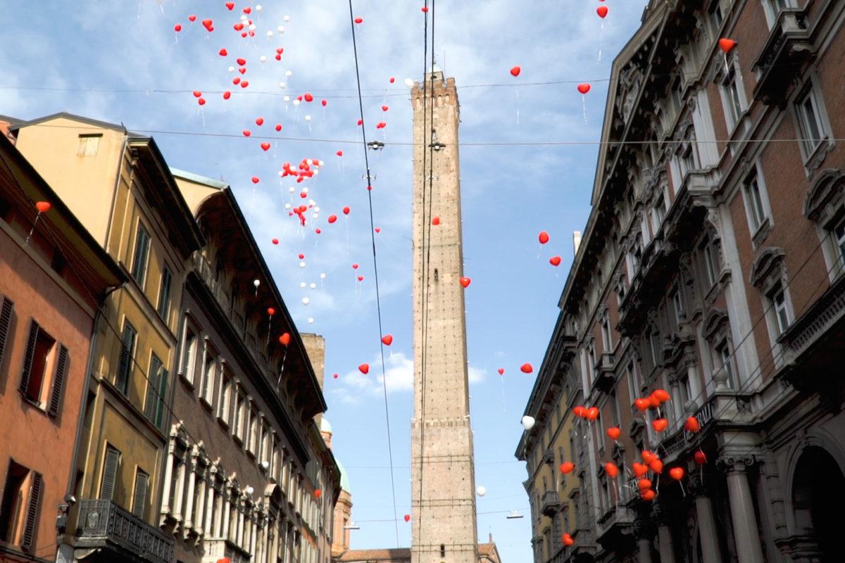 Bologna romantica: proposta di matrimonio in cima alla Torre degli Asinelli