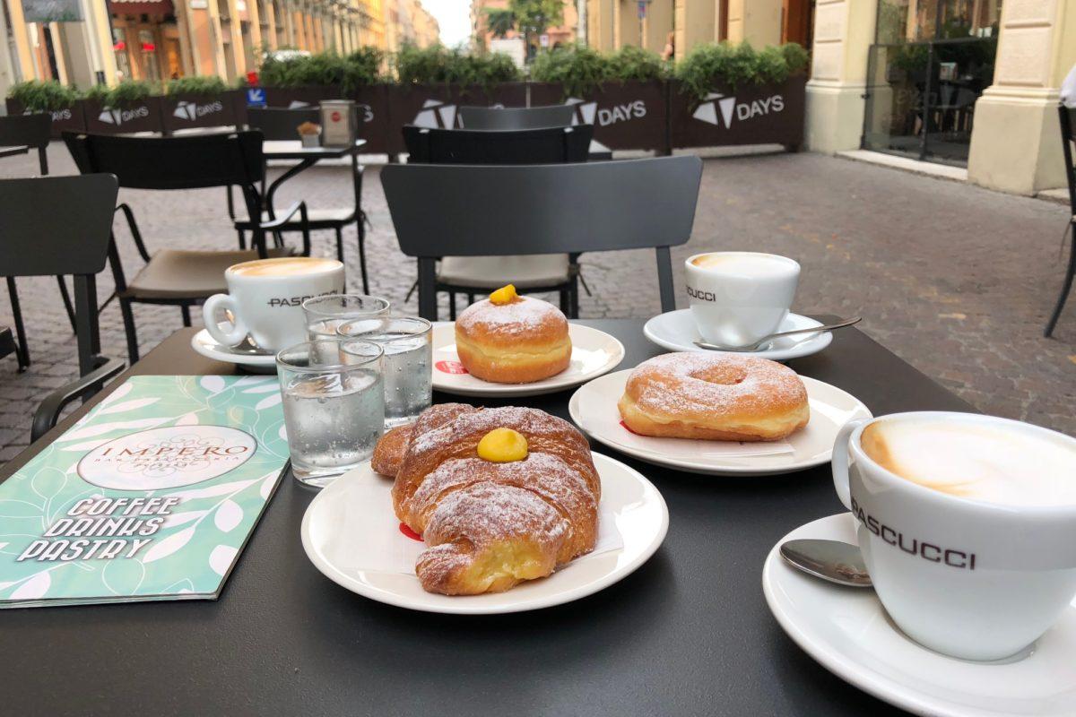 Ricche colazioni a Bologna: ci vediamo alla Pasticceria Impero