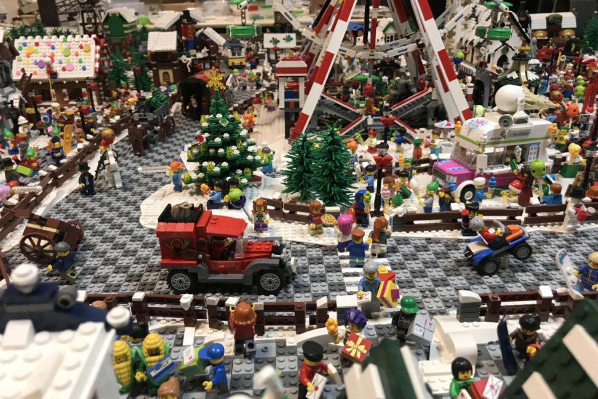 Bologna Brick, centinaia di opere realizzate con i mattoncini Lego
